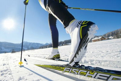 cross-country-skiing-400