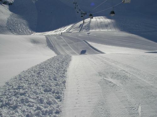 skiing-500